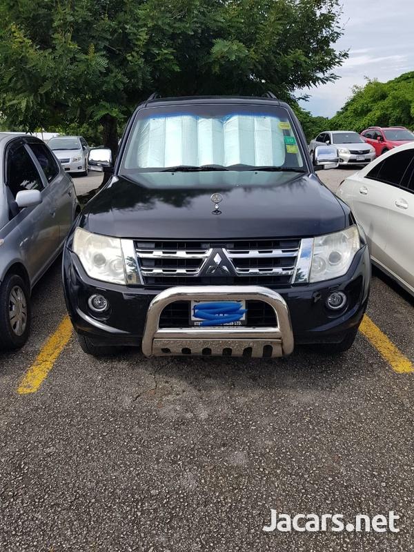 Mitsubishi Pajero 3,0L 2013-1