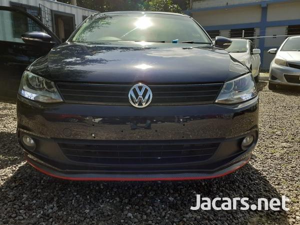 Volkswagen Jetta 2,0L 2014-3