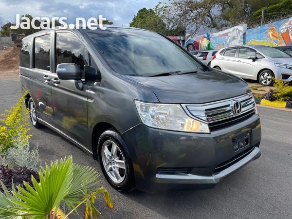 Honda Step wagon 2,0L 2010-3