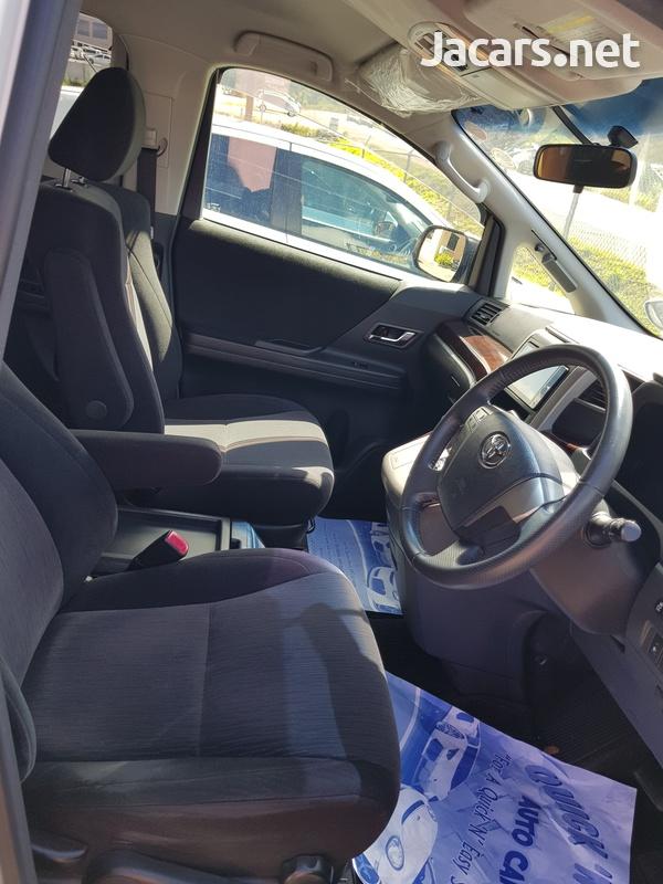 Toyota Vellfire 2,4L 2014-5