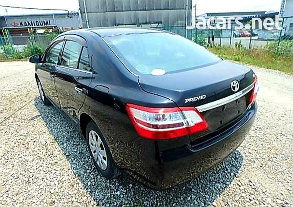 Toyota Premio 2,0L 2013-4