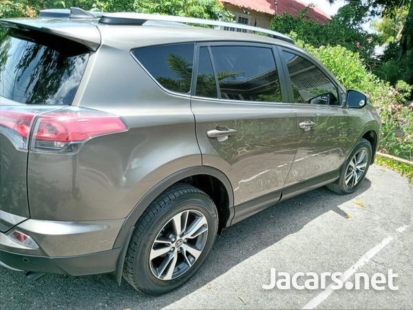 Toyota RAV4 2,0L 2019-3
