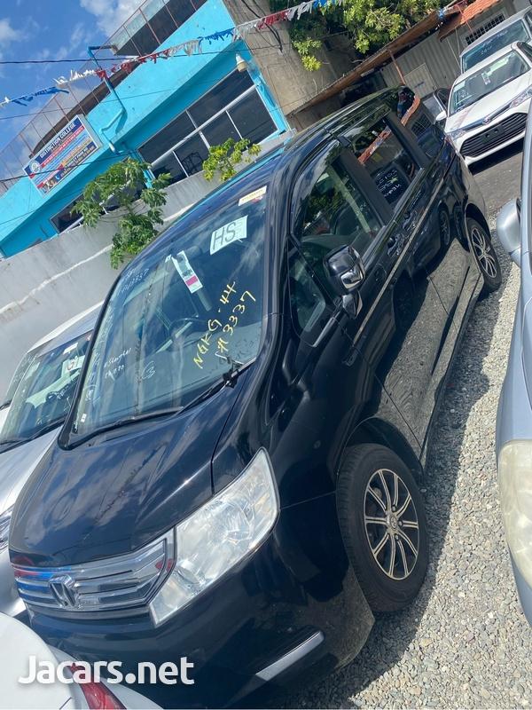 Honda Step wagon 2,0L 2012-3
