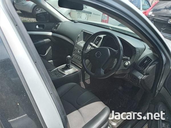 Nissan Skyline 2,0L 2014-7