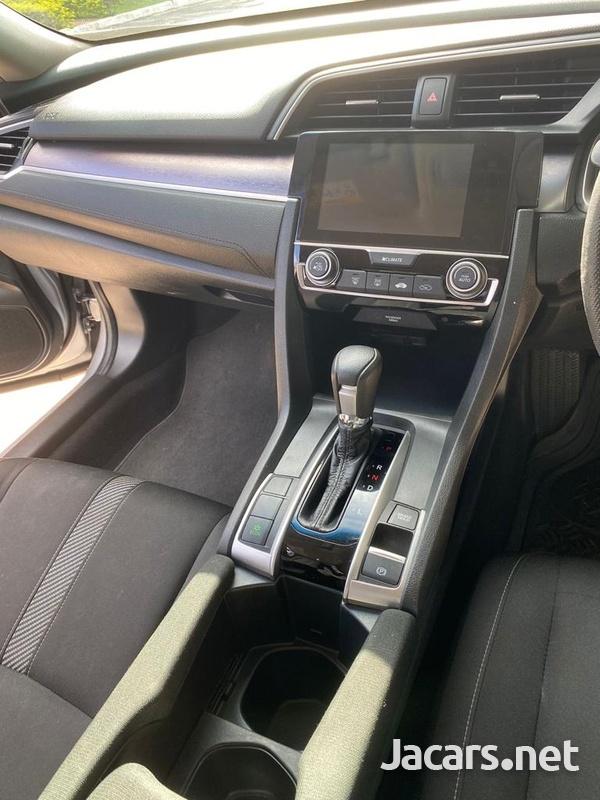 Honda Civic 1,6L 2016-7