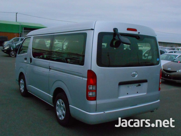 2016 Toyota Hiace Long DX 10 Seater-8