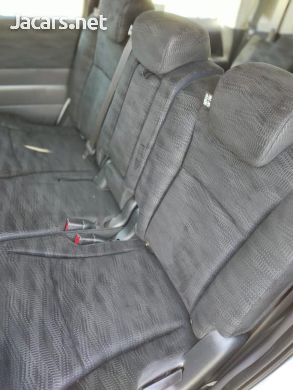 Honda Stepwagon 2,0L 2013-5