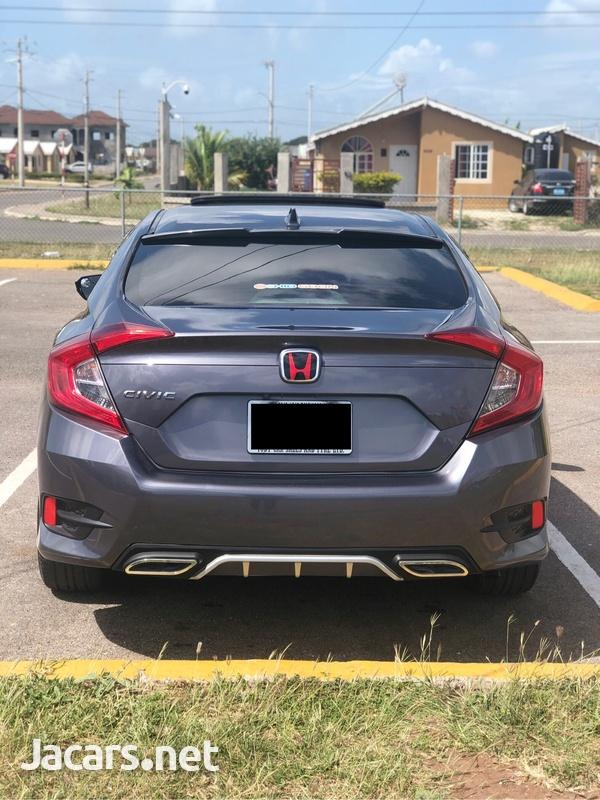 Honda Civic 2,0L 2018-3