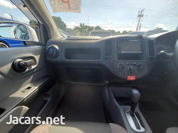 Nissan AD Wagon 1,5L 2015-8