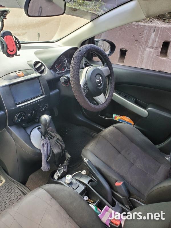 Mazda Demio 1,5L 2012-4