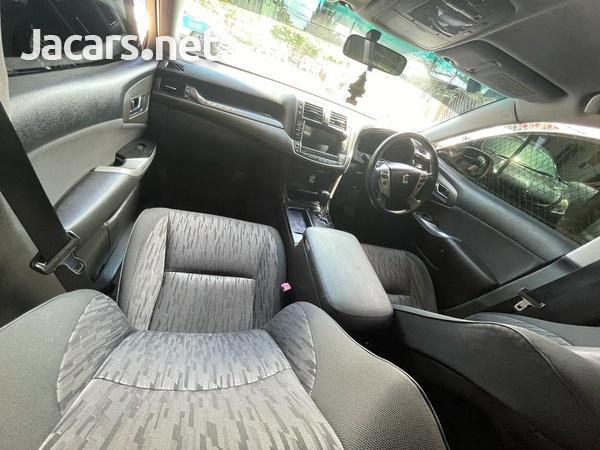 Toyota Crown 2,5L 2011-4