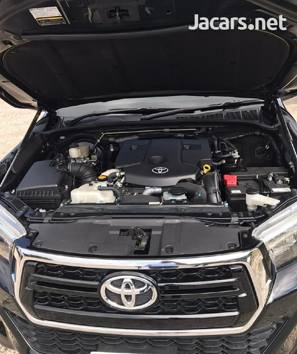 Toyota Hilux 2,8L 2017-5