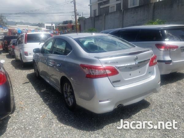Nissan Sentra 1,8L 2013-6
