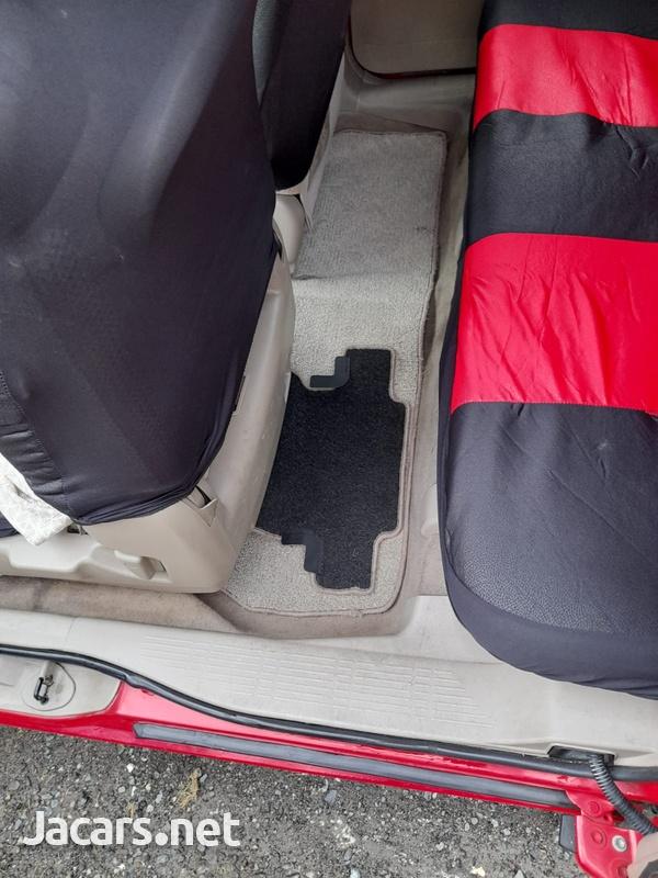 Toyota Rumion 1,5L 2008-4