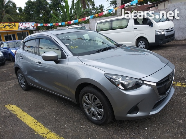 Mazda Demio 1,3L 2016-15