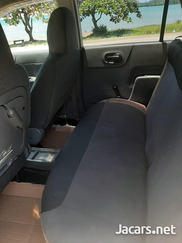 Nissan AD Wagon 1,4L 2012-7