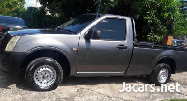 Isuzu DMAX Pickup Truck-6