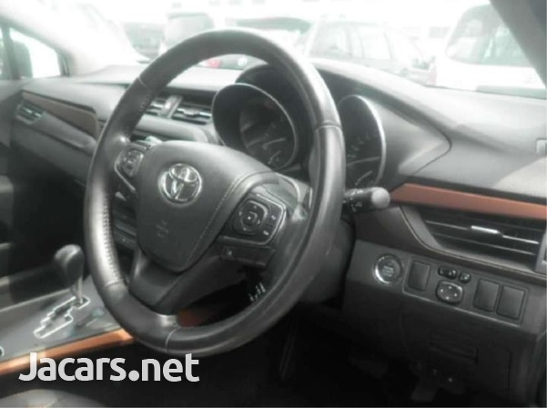 Toyota Avensis 1,9L 2016-4
