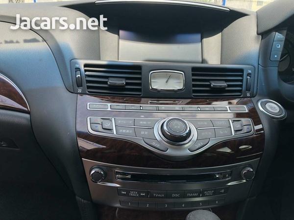 Nissan Fuga 3,7L 2015-6