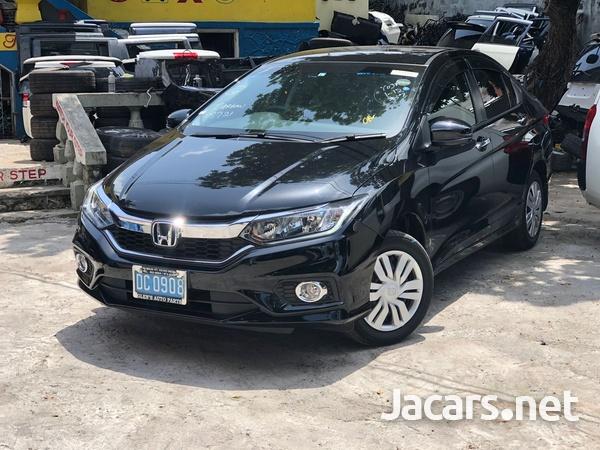 Honda Grace 1,5L 2019-1