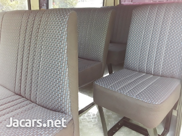 CUSTOM MADE BUS SEATS FOR TOYOTA HIACE AND NISSAN CARRAVAN