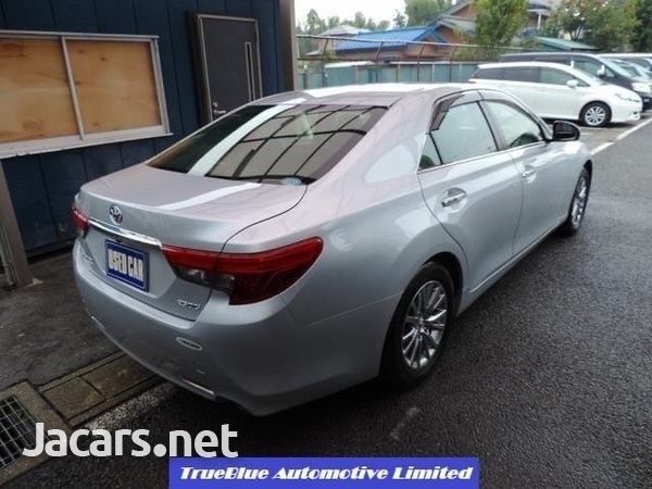Toyota Mark X 2,5L 2015-2