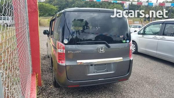 Honda Step wagon 2,0L 2012-8