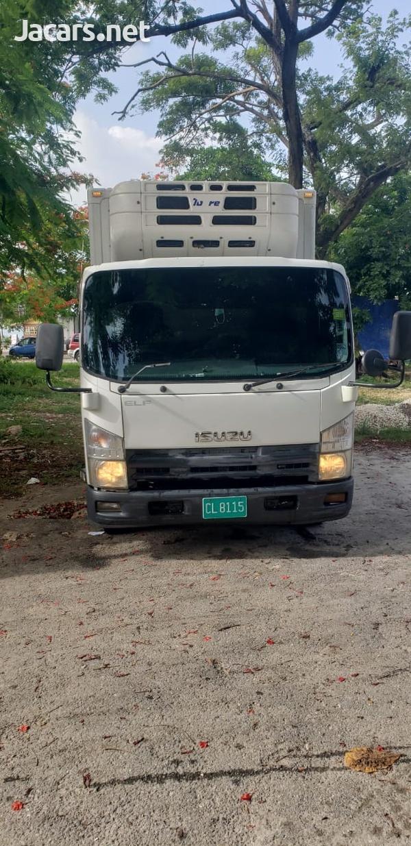 Isuzu Box Body Truck 5,0L 2011-8