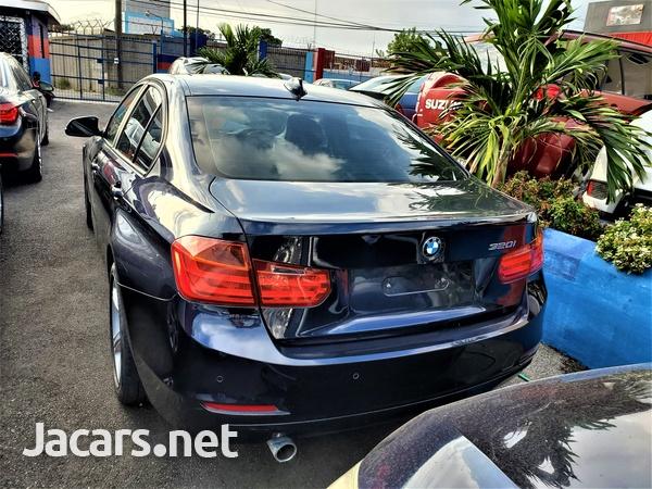 BMW 3-Series 2,0L 2013-2