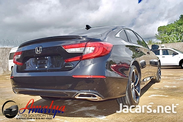 Honda Accord 1,5L 2018-8