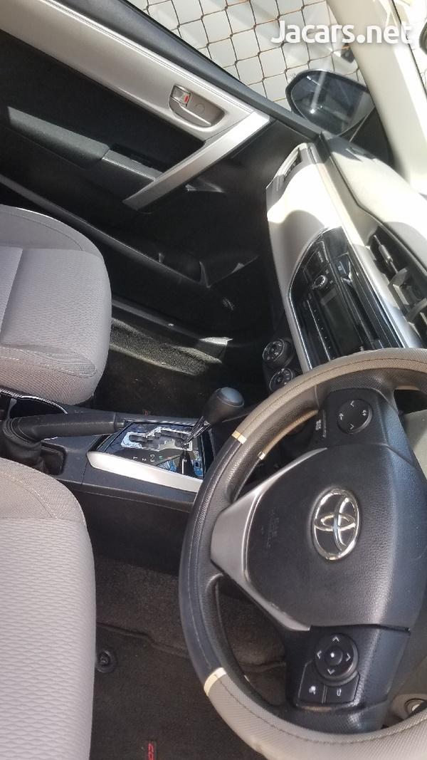 Toyota Corolla 1,6L 2017-3