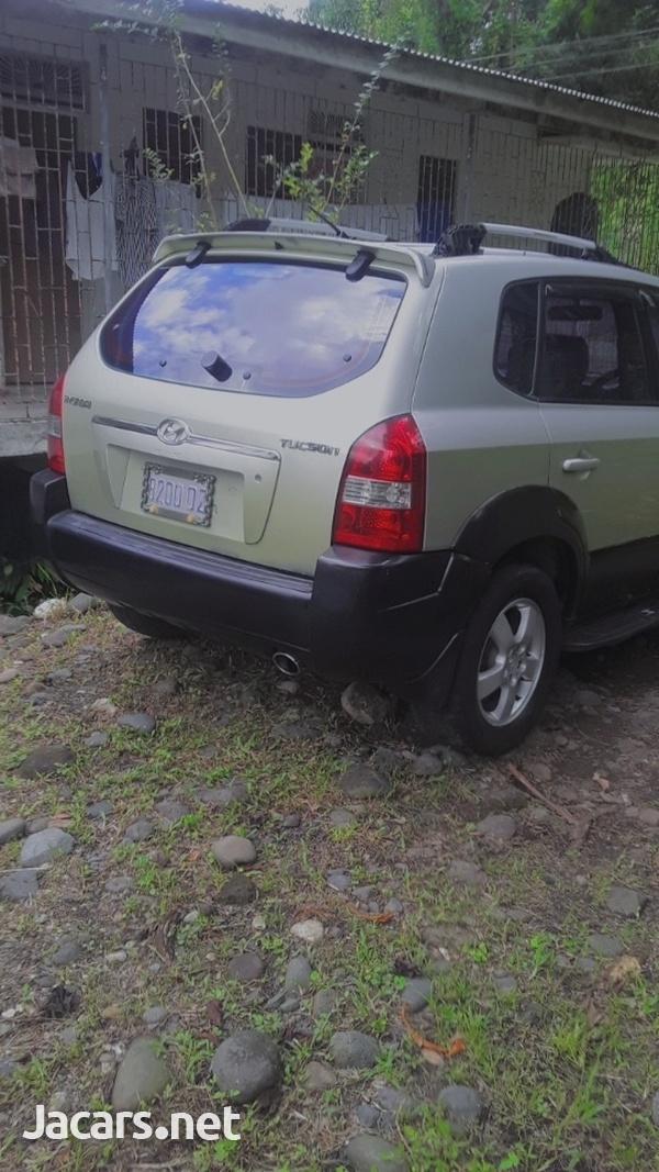 Hyundai Tucson 2,0L 2005-4