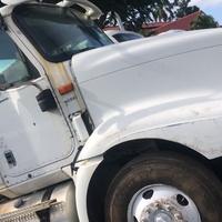 2005 International 9200 Truck