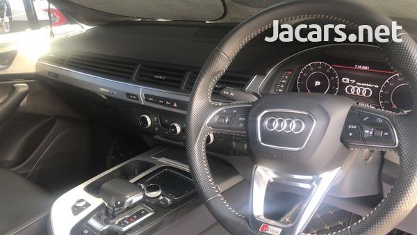 Audi Q7 3,0L 2018-6