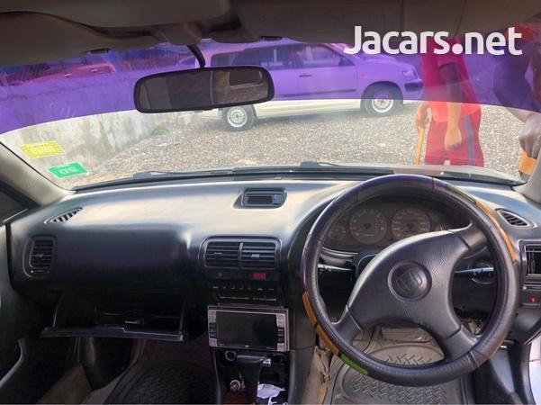 Honda Integra 2,0L 1996-6