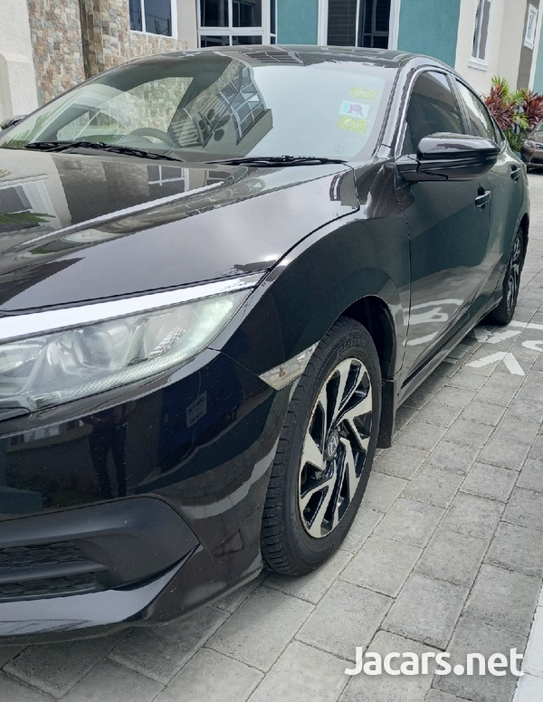 Honda Civic 2,0L 2017-3
