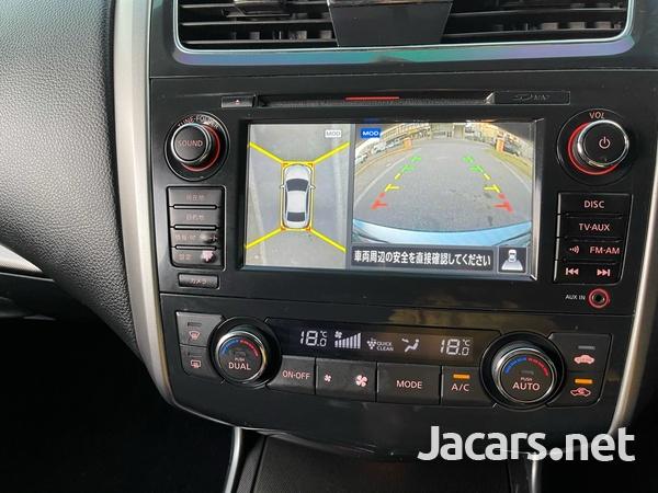 Nissan Teana 2,0L 2014-8