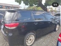 Toyota Wish 1,0L 2011