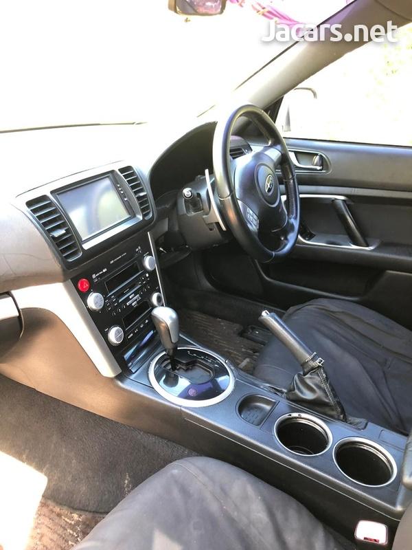 Subaru Legacy 2,0L 2007-5