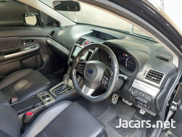 Subaru Legacy 2,0L 2014-6