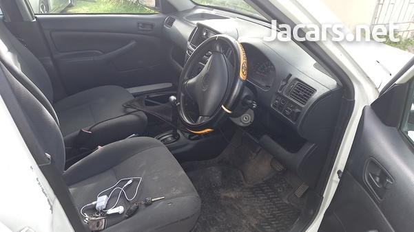 Toyota Probox 1,5L 2011-9