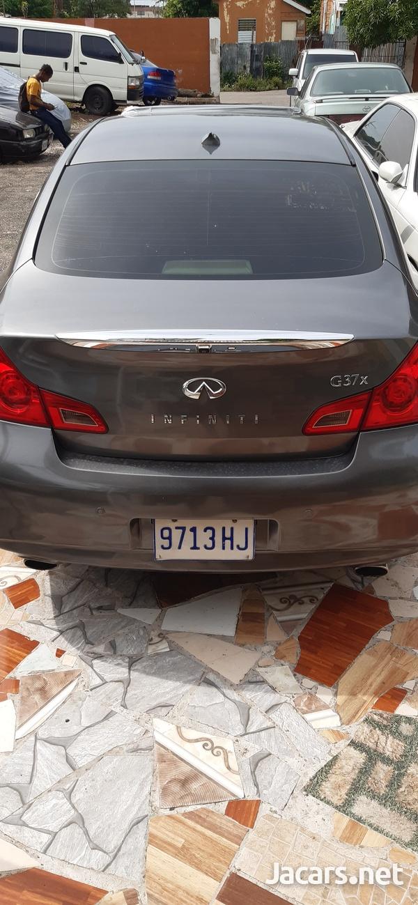 Infiniti G 3,7L 2012-5