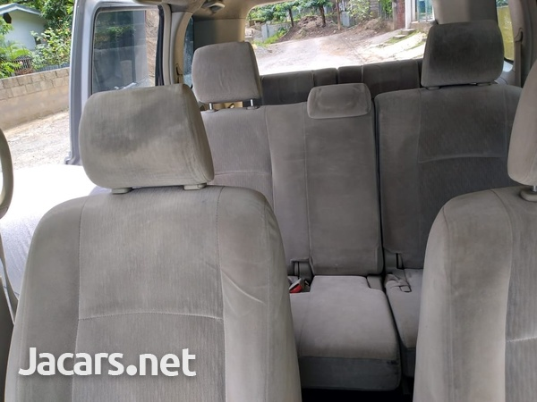 Toyota Isis 1,8L 2010-16