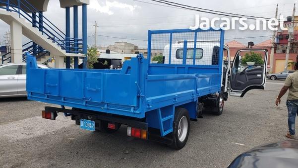 2010 Isuzu Tipper Truck-10