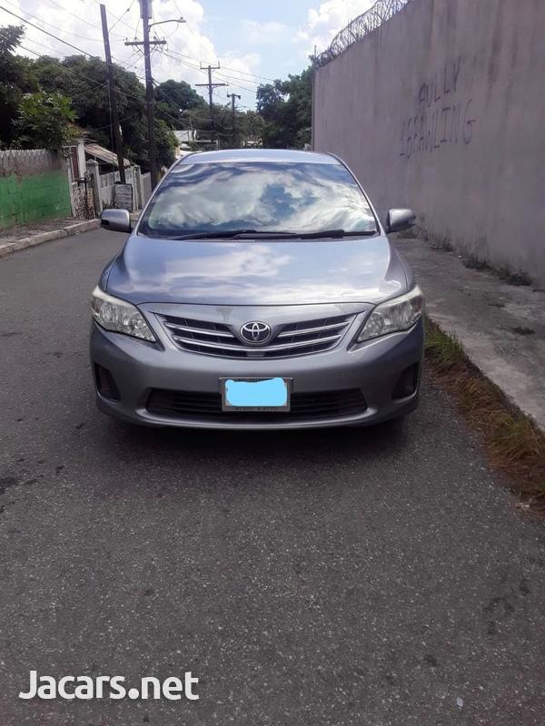 Toyota Corolla Altis 1,6L 2013-1