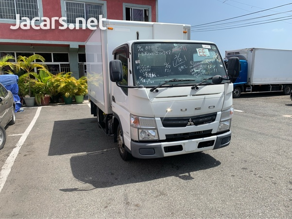 2011 Canter Fuso Truck-1