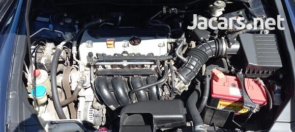 Honda Accord 2,4L 2011-8