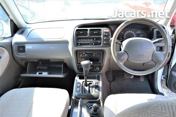 Suzuki Grand Vitara 2,4L 2000-7