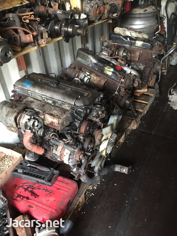 Mitsubishi Canter / Isuzu Engines-2