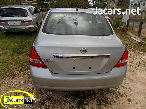 Nissan Tiida 1,4L 2013-7